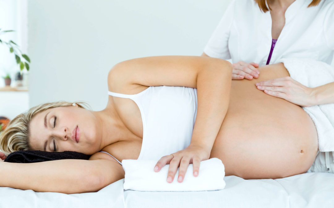 4 Ways Massage Is Incredibly Beneficial for Mothers-To-Be
